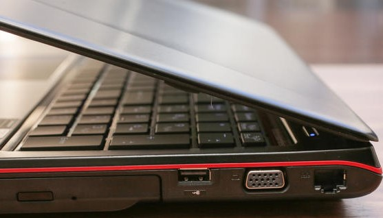 gaming laptop under 1000 MSI GE72